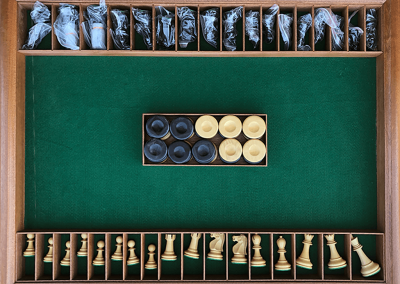 Combo chess/backgammon base