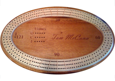 Custo cribbage board with raised tracks and engraved personalization